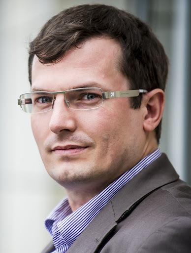 Nils  Karn